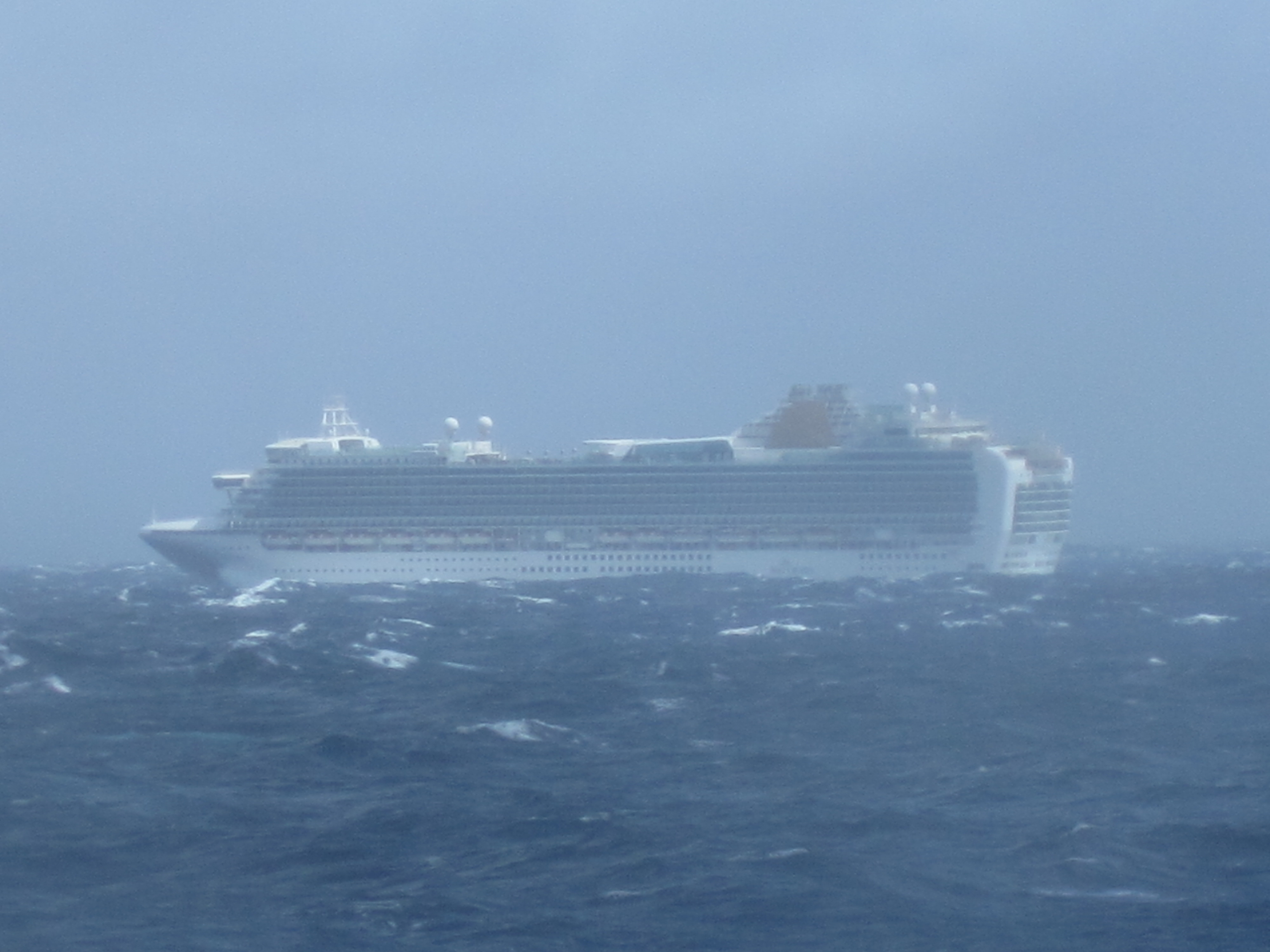 Bay of biscay crossing day 1 cruisemiss cruise blog view publicscrutiny Gallery