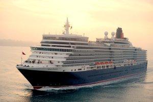 Cunard QE