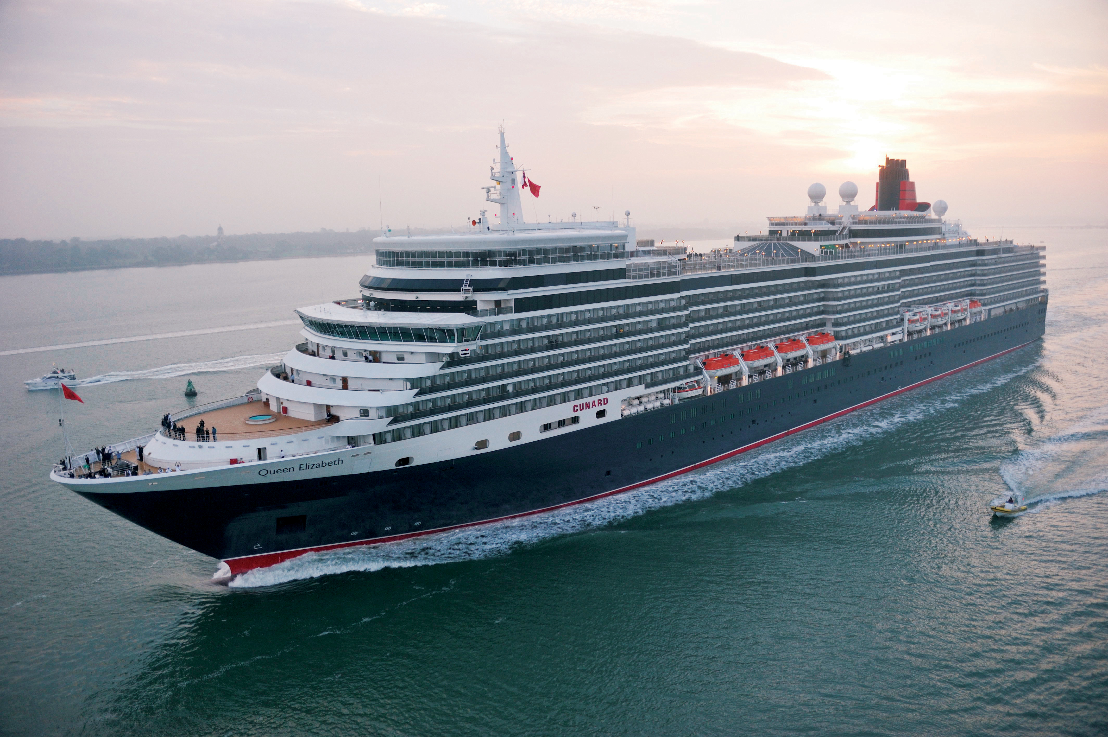 Cruise Ship Focus Queen Elizabeth | CruiseMiss Cruise Blog