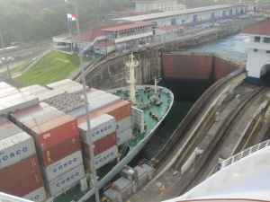 Container-Ship-Panama-Canal-Gatun-Locks