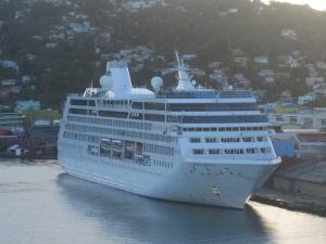 Princess-Cruises-Pacific-Princess