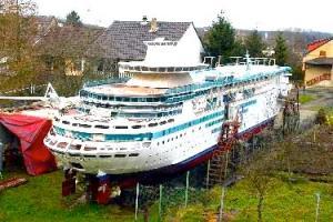 Majesty-of-the-Seas-Model