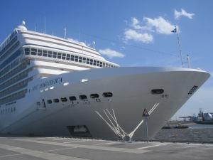 MSC-Cruises-MSC-Magnifica-Hamburg