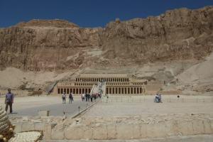 Temple-of-Queen-Hatshepsut
