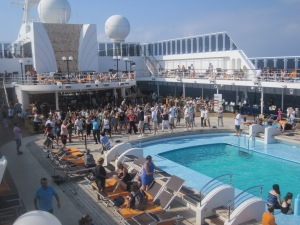 MSC-Opera-Swimming-Pool