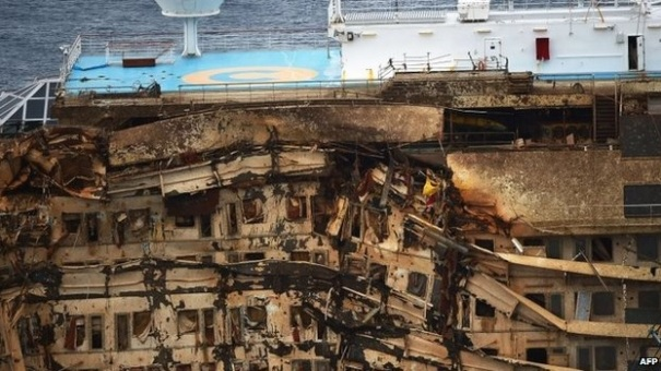 Costa-Concordia-Upright-Aft