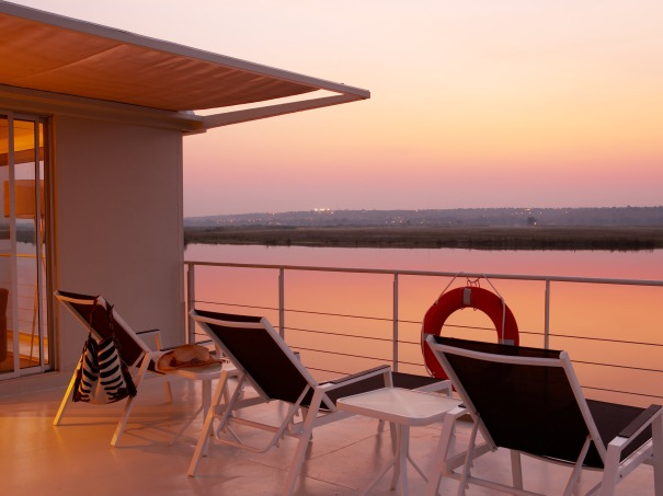 zambezi-queen-balcony