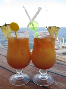 Cruise-Ship-Cocktails