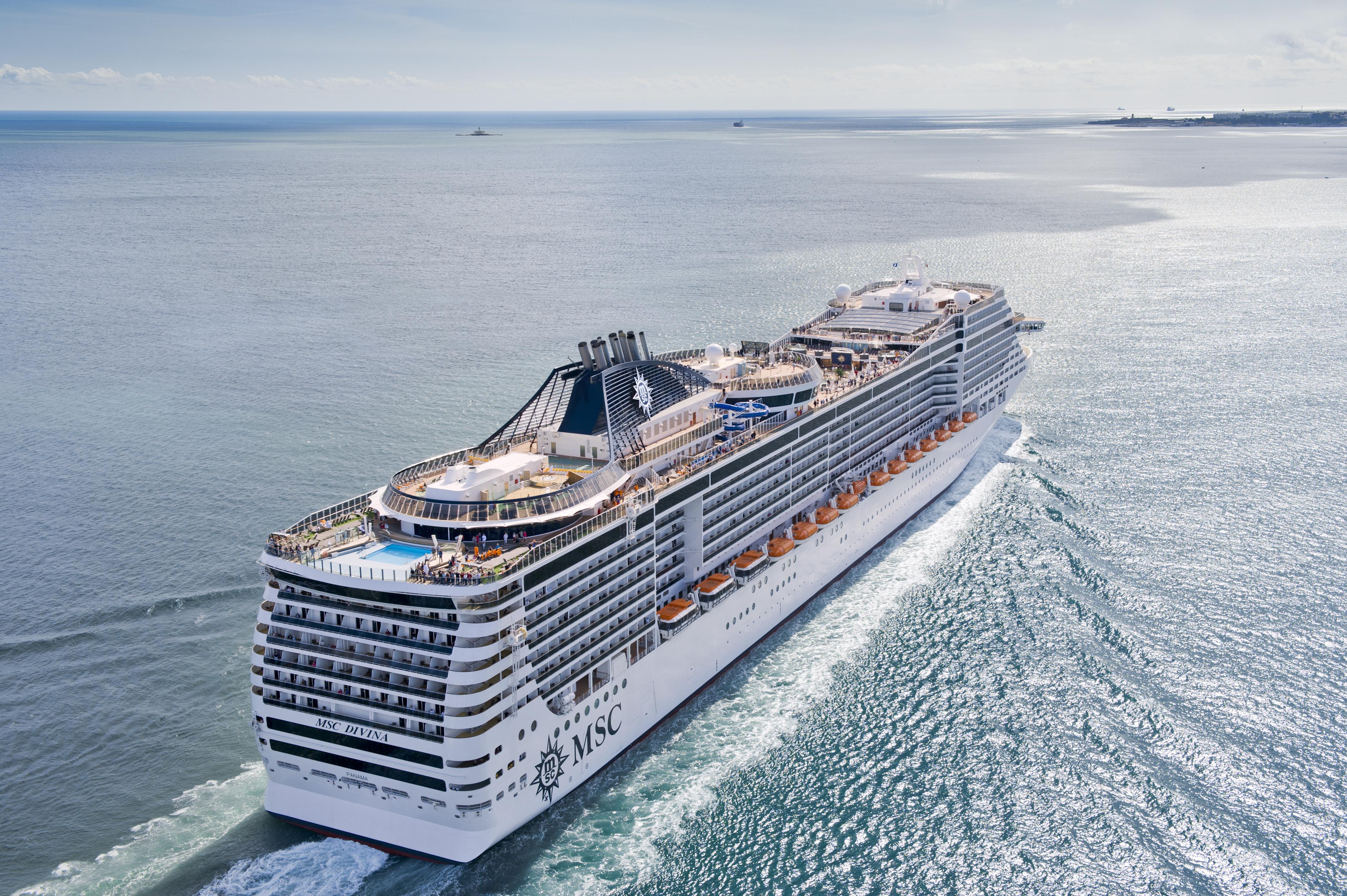 Secrets To A Successful Family Reunion At Sea  CruiseMiss
