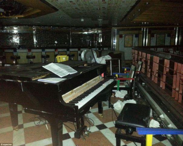 Costa Concordia Piano