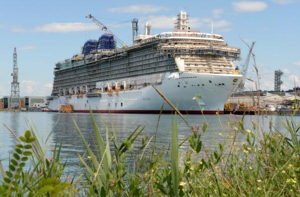 P&O Cruises Britannia Starboard Side