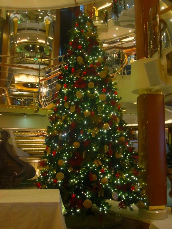 ChristmasTreeOceana