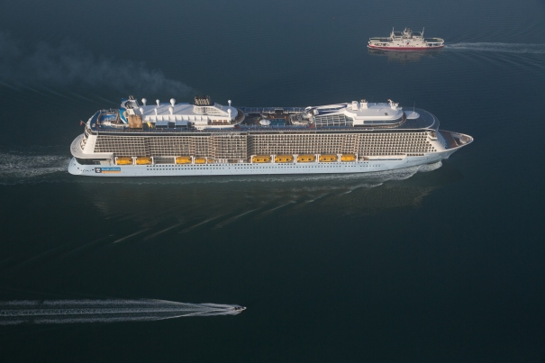 Anthem of the Seas arrives in Southampton.