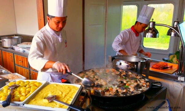 A peek at the Seafood BBQ
