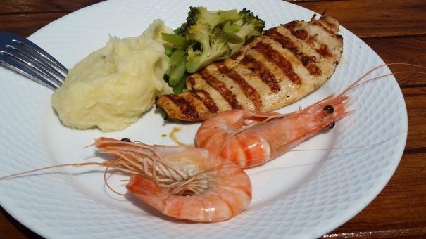 Seafood-BBQ-Saga-Sapphire-Mediterranean
