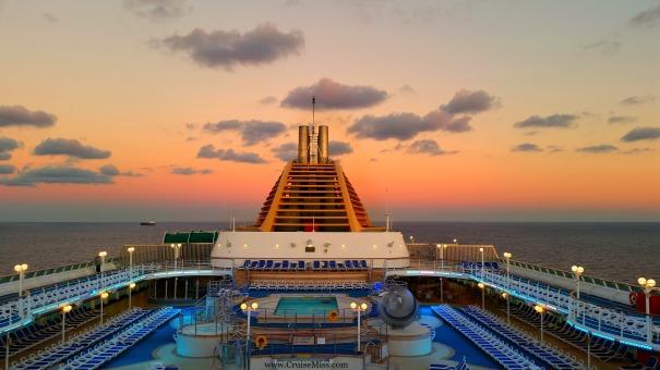 Oceana-Happy-Place-Cruise