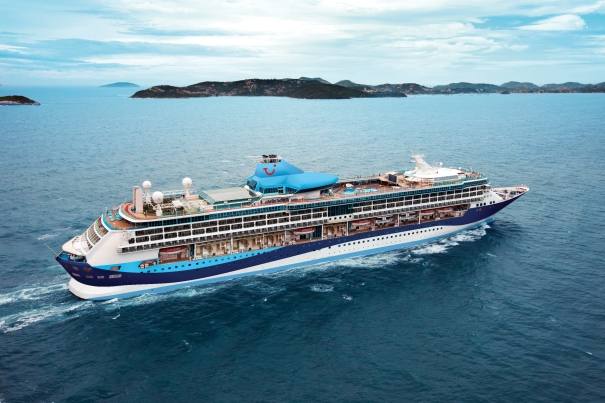 Thomson-Discovery-Cruise-Ship