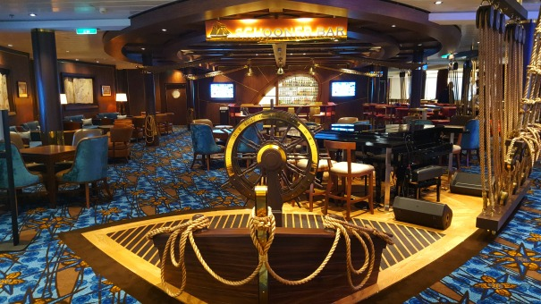 Schooner-Bar-Ovation-of-the-seas