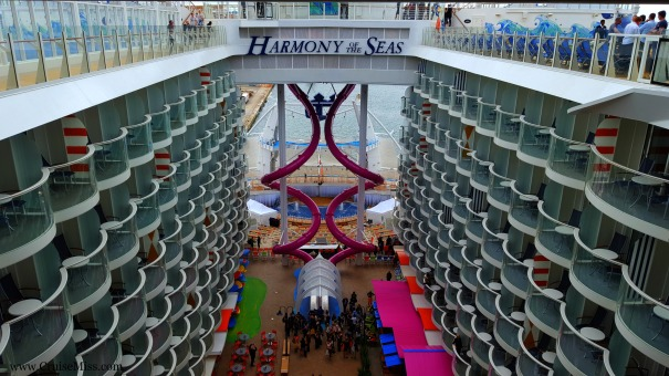 Harmony-of-the-Seas-Boardwalk