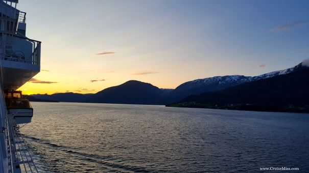 Sunrise-Norway-Fjords