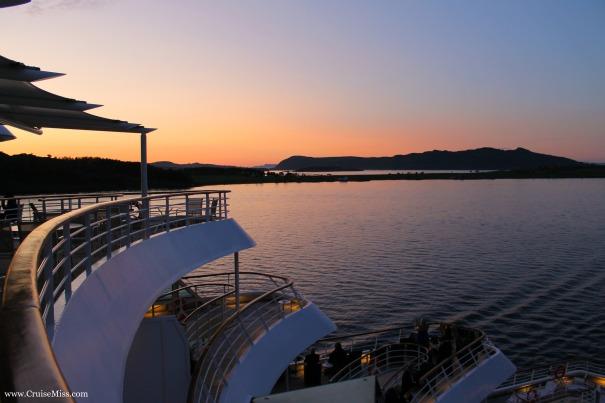 Sunset-Norway-Fjords-Cruise