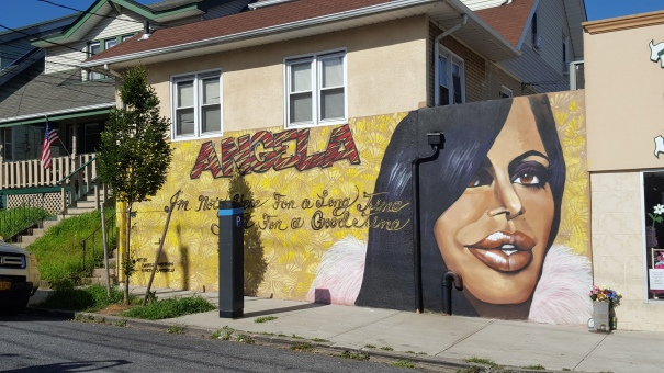 Mob-Wives-Big-Ang-Mural-Staten-Island