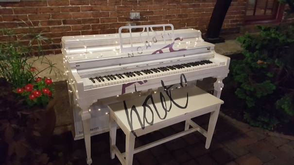 Lancaster-Arts-Hotel-Piano