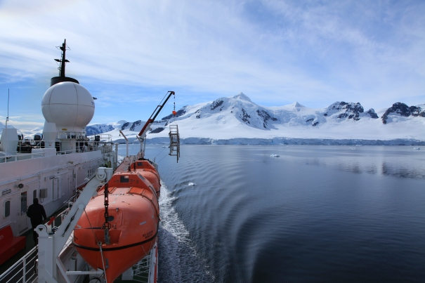 7-reasons-to-visit-antarctica-2
