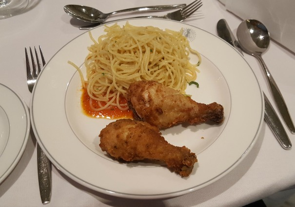 Fried chicken with buttered spaghetti and tomato sauce - The Palms (buffet) - so simple, but it was SO good!
