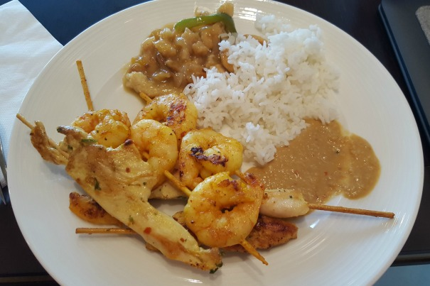 Prawn skewers, chicken skewers, peanut sauce, rice and sweet and sour chicken from the Kings Court Buffet