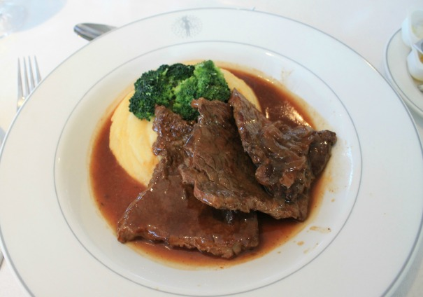 Collops of beef with mashed potato and green vegetables - Main Dining Room