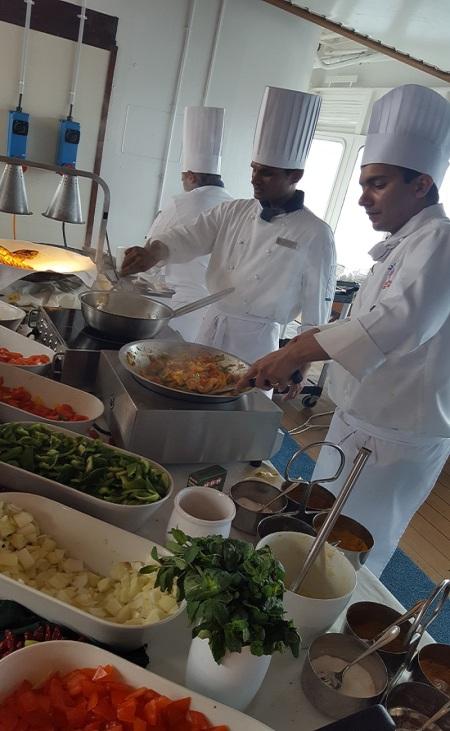 indian-food-saga-cruises