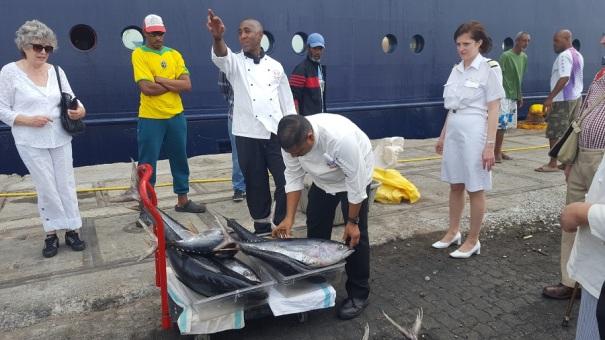 saga-cruises-fresh-fish-cape-verde