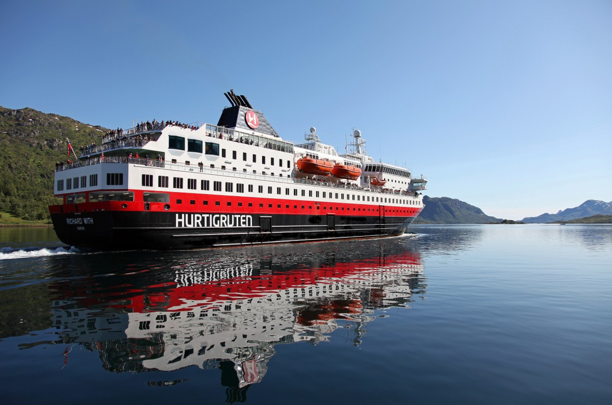 Hurtigruten's MS Richard With To Receive Extreme Makeover