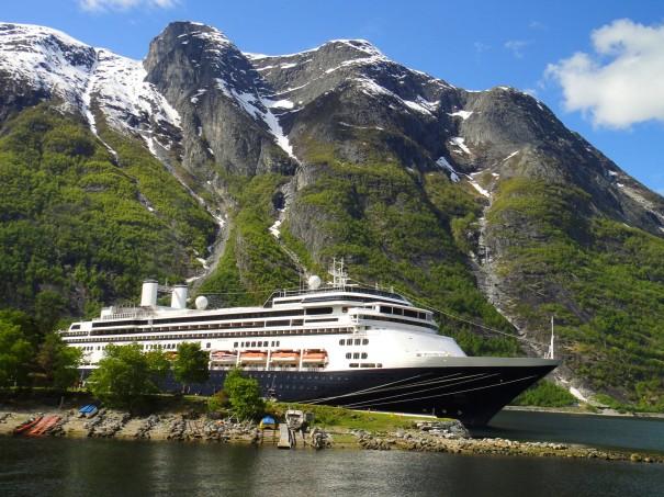 Borealis fred olsen cruise lines