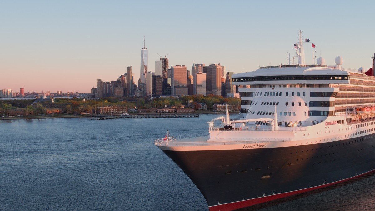 Cunard classic queen mary 2 world voyage 2022